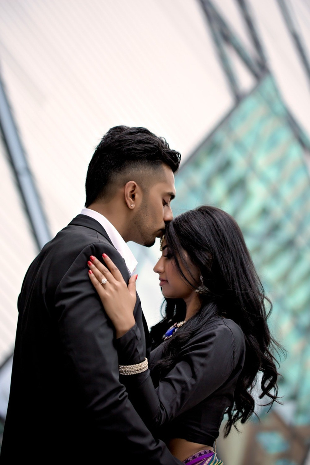 Bloor Yorkville engagement Royal Ontario Museum engagement photographer