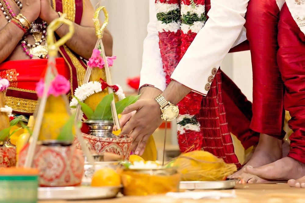 tamil wedding ceremony Sathya Sai Centre Scarborough toronto wedding photographer