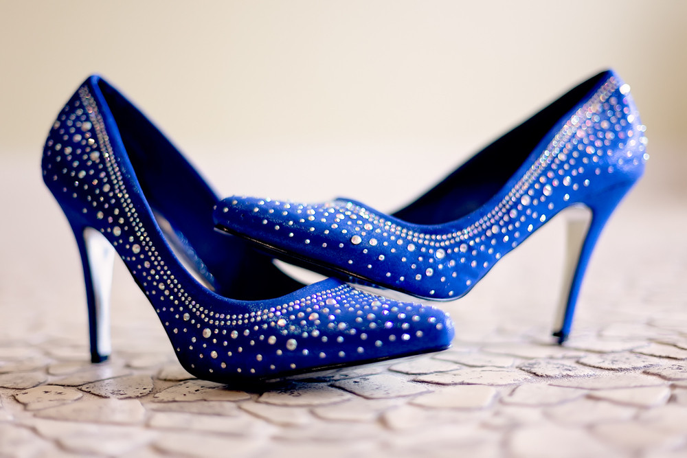 blue wedding shoe wedding details Caledon Golf and Country Club toronto Wedding Photographer
