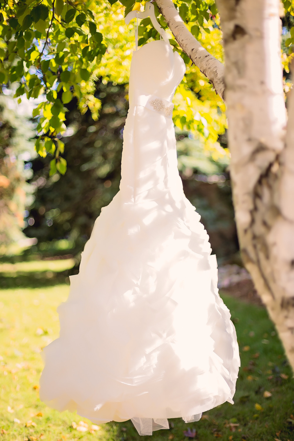 strapless wedding dress Walton Memorial United Church Oakville