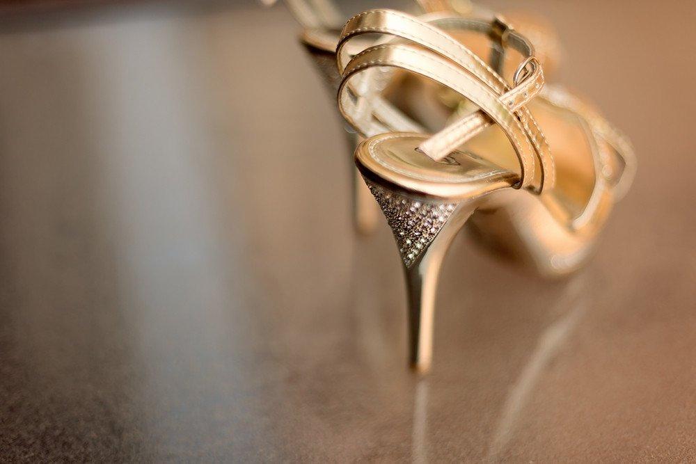 brides shoes Markham Convention Centre toronto wedding photographer