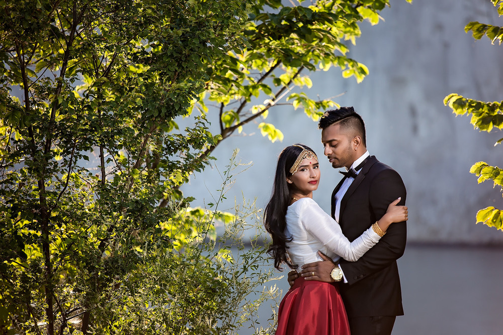 Narmi & Rajeev: Anniversary Shoot at Scarborough Bluffs Tamil Wedding Photographer