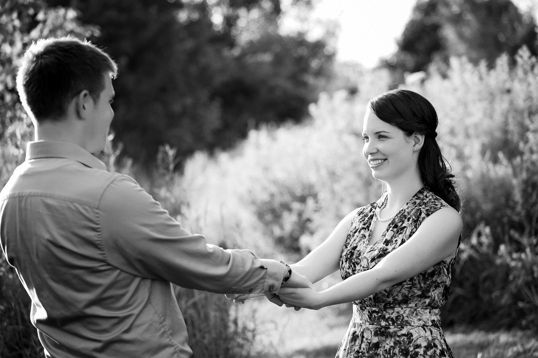 012 - Toronto - Ontario - Michelle & John- Colonel Samuel Smith Park Engagement