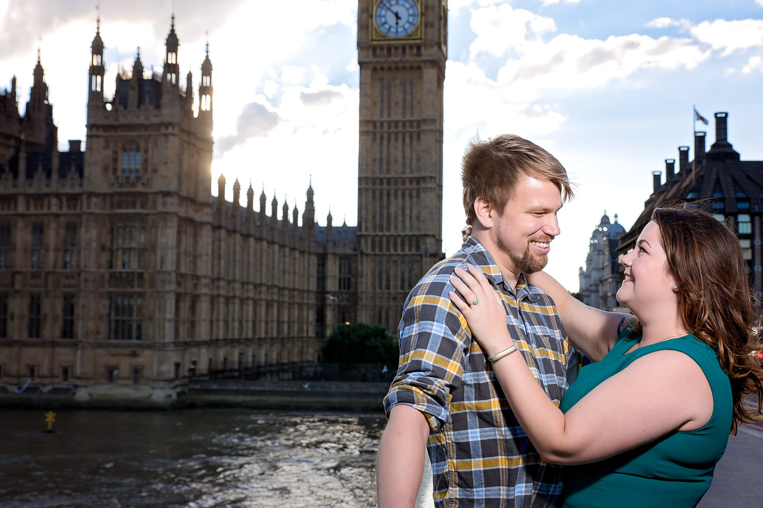 janice-peter-westminster-the-river-thames-london-engagement-1