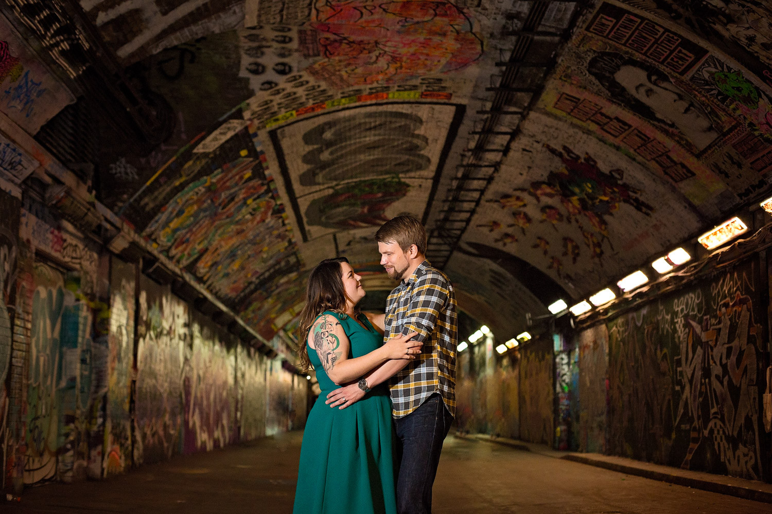 janice-peter-westminster-the-river-thames-london-engagement-17