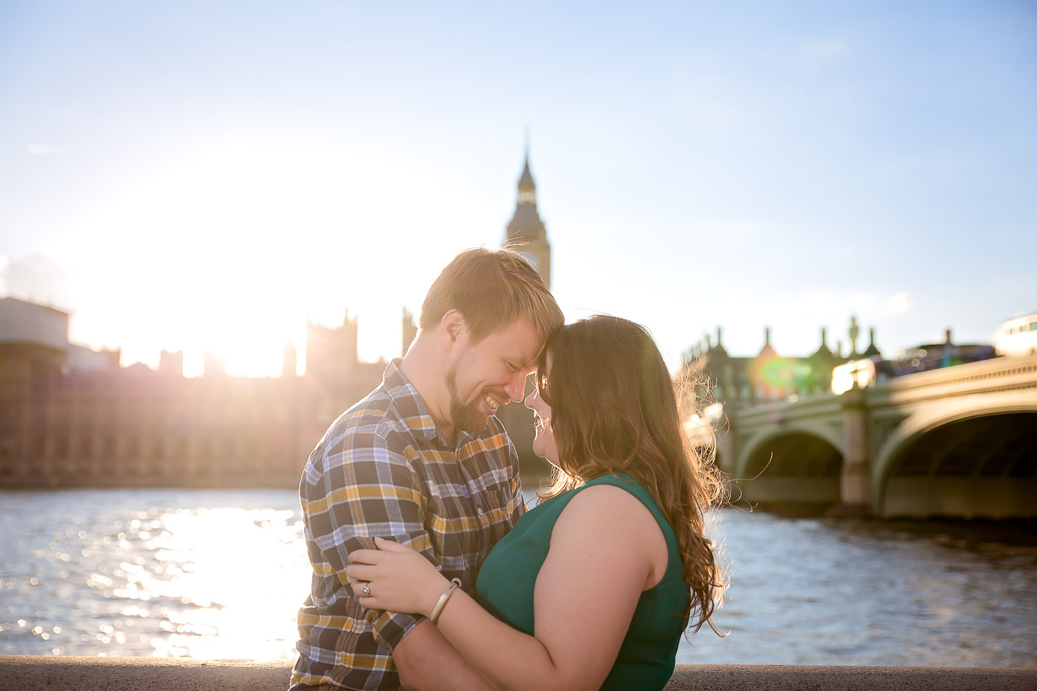 janice-peter-westminster-the-river-thames-london-engagement-4