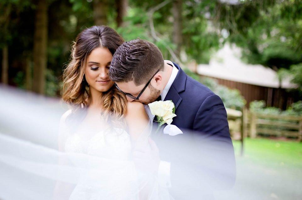 Vanessa & Dan: Brueckner Rhododendron Gardens Wedding